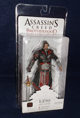 Фигурка Assassin's Creed: Brotherhood. Ezio Ebony Unhooded (18 см)