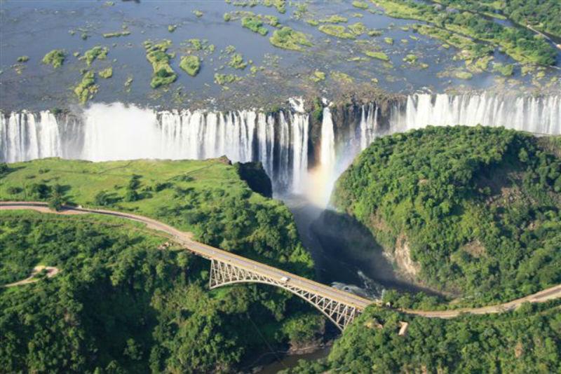 BBC: Дикие водопады от 1С Интерес